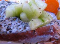 Jak zrobić łososia na parze z warzywami