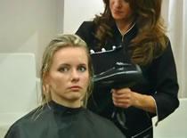Jak zregenerować włosy po przedłużaniu zgrzewami