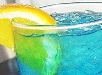 Jak zrobić drink Błękitna Laguna (Blue Lagoon)