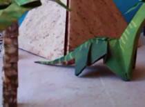Jak złożyć dinozaura z papieru - brontosaurus