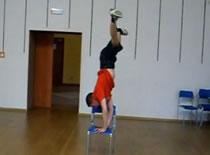 Jak zrobić flagę w breakdance