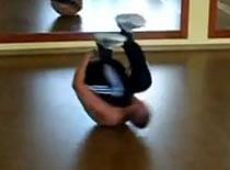 Jak wykonać ewolucję Backspin w breakdance
