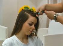 Jak zrobić szybką fryzurę z warkoczami