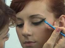 Jak stworzyć makijaż wg trendów na jesień 2011