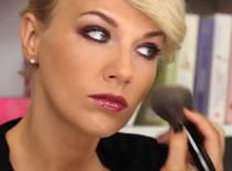 Jak używać w makijażu burgundu