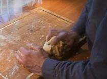 Jak zrobić kruche ciasto na mazurka i szarlotkę
