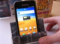 Jak zrobić stojak na cienkie smartfony