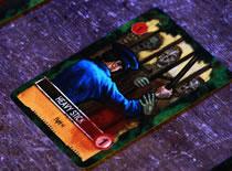 Jak uciec od zombie w grze karcianej Eaten by Zombies