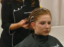 """Jak wykonać fryzurę """"na szczotkę"""""""