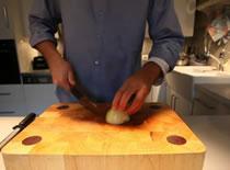 Jak pokroić cebulę w kosteczkę