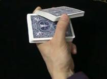 Jak wyciągnąć kartę z talii w efektowny sposób