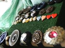 Jak zrobić biżuterię z guzików