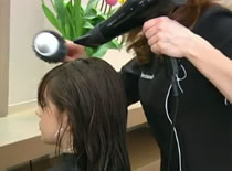 Jak zrobić seksowną fryzurę na randkę