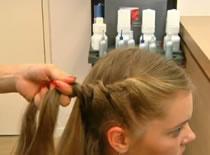 Jak upiąć długie włosy w stylu Beyonce