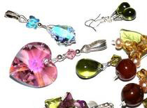 Jak skompletować materiały do robienia biżuterii