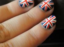 Jak zrobić paznokcie z motywem flagi Wielkiej Brytanii