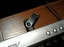 Jak dodać port USB do klawiatury