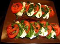Jak zrobić tradycyjną włoską sałatkę caprese