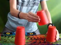 Jak układać kubki