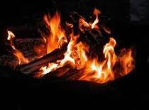 Jak rozpalić ogień gdy jest mokro
