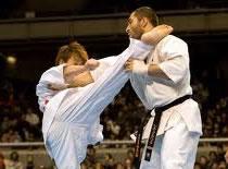 Jak bronić się w stylu Kyokushin - chwyty za rękę 2