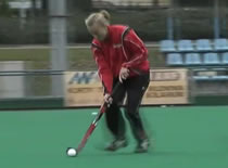 Jak nauczyć się hokeja na trawie #6 - prowadzenie piłki