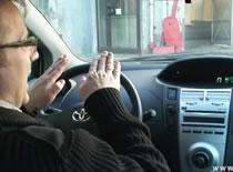 Jak zdać egzamin praktyczny - parkowanie na pochyłości