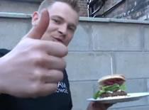 Jak zrobić hamburgery prosto z grilla na ostro