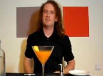 Jak zrobić drinka - wódka, Campari i Angustura