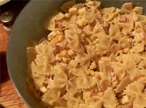 Jak zrobić sałatkę makaronową