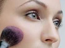 Jak zrobić makijaż w stylu Natural Look dla nastolatki