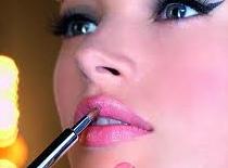 Jak zrobić makijaż wieczorowy dla nastolatki