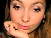 Jak zrobić dziewczęcy makijaż na co dzień