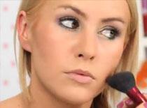 Jak zrobić kolorowy makijaż na wieczór