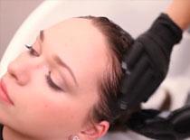 Jak wykonać fryzurę dla włosów rozjaśnianych