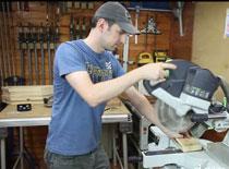 Jak zrobić drewniany uchwyt do telefonu