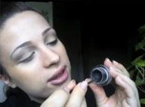 Jak zrobić idealne kreski eyelinerem