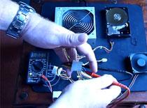 Jak mierzyć napięcia i uruchomić zasilacz bez płyty głównej