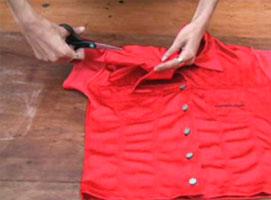 Jak zamienić bluzkę w seksowny strój