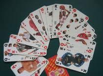 """Jak wykonać trik """"zakład"""" z szukaniem karty w talii"""