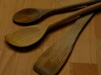 Jak czyścić drewniane przyrządy kuchenne