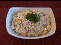 Jak zrobić klasyczną sałatkę z tuńczykiem