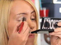 Jak wykonać make up z jesienną inspiracją