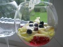 Jak zrobić fantazyjny deser z owocami