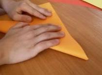 Jak zrobić dmuchanego diabełka z papieru