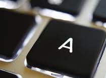 Jak usunąć brud z klawiatury komputera