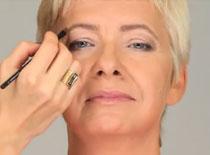 Jak zrobić make up dla cery dojrzałej