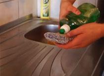 Jak zrobić 100% wydajniejszy płyn do mycia naczyń