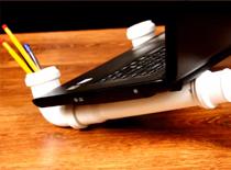 Jak zrobić podstawkę pod laptopa z PCV