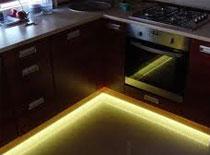 Jak zrobić podłogowe oświetlenie do pokoju